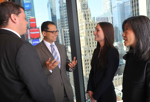 Why Hofstra Law? Network with More Than 10,800 Alumni